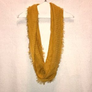 Accessories - Brand New Scarf
